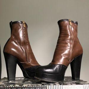 Yves Saint Laurent EU39/US8.5 Brown/Black Boots